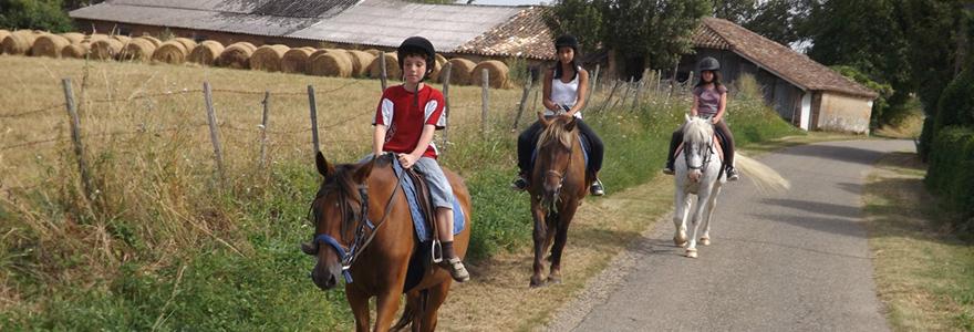 Moissac à cheval